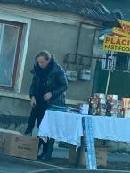 www.ziarulatak.ro Manipulanta de petarde ,Dana Varga (foto). Idealul unui fost consilier de stat  Haidi băieți, care îți dau o pocnitoare?
