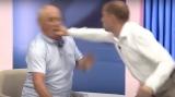 A fost nevoie de intervenția ambulanței după ce doi politicieni din Republica Moldova s-au luat la bătaie, în direct, la TV