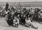 Asul de trefla. Iohannis a promulgat legea de instituire pe 2 august a Zilei Naţionale de Comemorare a Holocaustului împotriva romilor