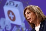Comisarul european pentru sănătate vine să discute cu ministrul Sănătății despre campania de vaccinare