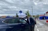 Dan Barna, interviu  aranjat așa cum îi șade lui bine, la un centru drive thru deschis la Sibiu: 'Să mă și întrebați asta'
