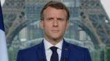 Emmanuel Macron scapă Franța de sub control după ce protestatarii antivaccin au pătruns într-o primărie
