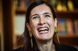 Parlez-vous francais?  Madam Clotilde Armand – USR  mufată la Banii  statului  pentru eșecuri în infrastructură