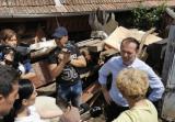 Premierul Cîțu, a mers în zonele inundate din Alba