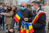 Primarul din Iași Mihai Chirica, ATACAT cu iaurt de un protestatar