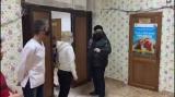 Primarul sectorului 5 Cristian Popescu Piedone are grijă de persoanele fără adăpost