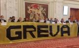 """SHOW-UL făcut de partidul AUR în Parlamentul României: """"Vom sta sus la balcon!"""""""