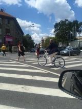 Paparazzii ATAK l-au surprins pe Ilie Năstase, incalcand legea si pe bicicleta