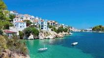 10 insule grecești cu risc epidemiologic ridicat au fost marcate cu culoarea roșu închis
