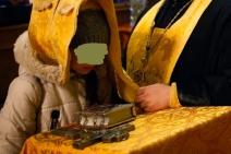 Preotului Eugen din Curcani i s-a sculat cocoşul din sutană, în faţa unei fetiţe de 14 ani