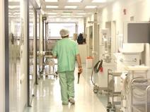 """Spitalele """"uită"""" să administreze tratamentele și să acorde primul ajutor. Cum sunt tratați pacienții non-COVID"""