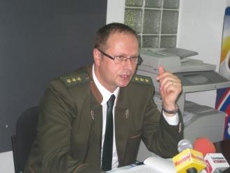 seful-garzii-forestiere-suceava-mihai-gasparel-hartuia-sexual-un-activist-de-mediu-48694-1.jpg