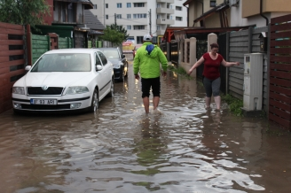 un-ora-adevarat-investe-te-in-scoli-parcuri-trotuare-asfalt-i-canalizare-nu-in-locuinte-sociale-bragadiru-un-vis-devenit-cosmar-48173-1.jpg