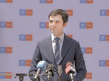 Ministrul Economiei eliberează din funcție administratorii speciali cu salarii uriașe