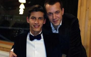 www.ziarulatak.ro Viorica Dancila primește sprijin important: Anunțul facut de fiii lui Adrian Nastase