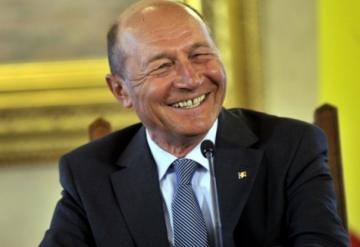 www.ziarulatak.ro Băsescu vrea alegerea primarilor în două tururi