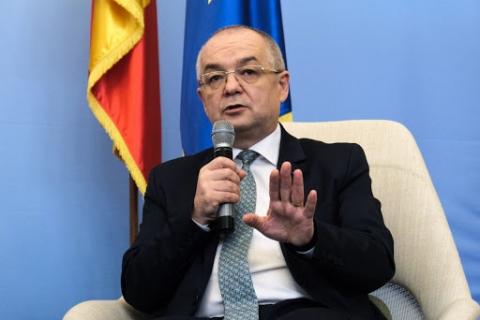 Emil Boc ATAC  dur la conducerea PNL: Am adus cele mai  ...