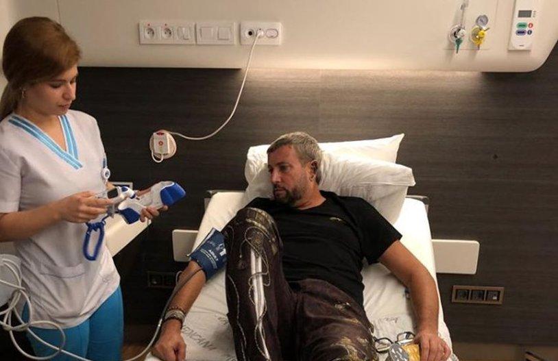 Cătălin Botezatu,operat la colon